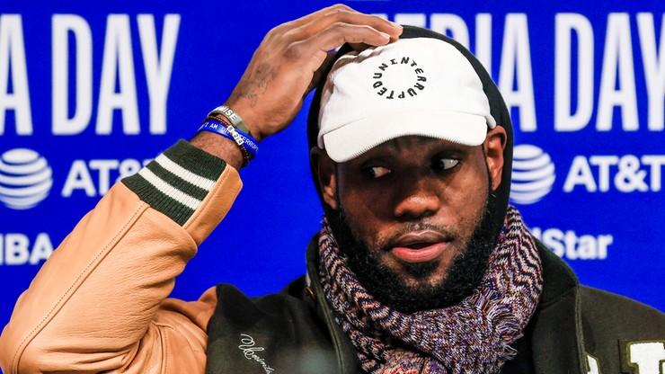 NBA: LeBron James nie chce haseł politycznych na swojej koszulce