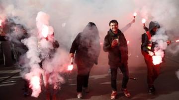 Ludzie wychodzą na ulice, opozycja zgłasza 22 tys. poprawek. Reforma emerytalna dzieli kraj