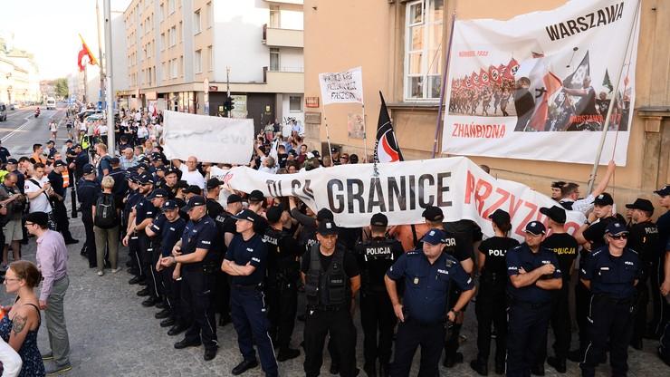 37-latek z zarzutem znieważenia policjanta po kontrmanifestacji Obywateli RP w rocznicę Powstania Warszawskiego