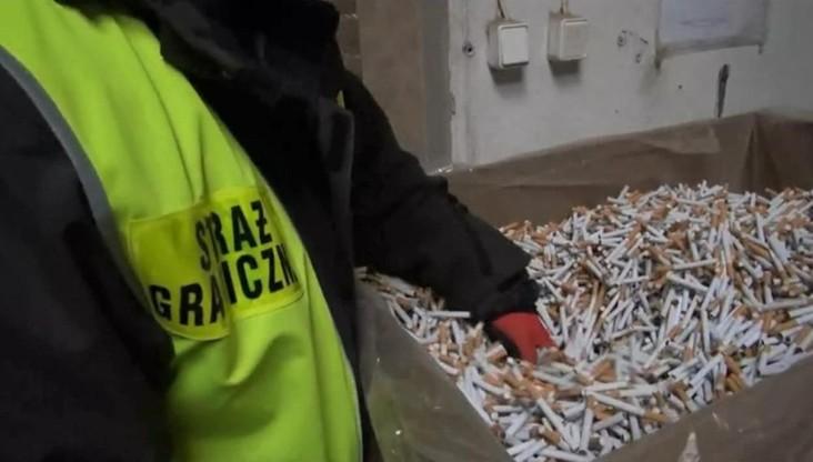 Straż graniczna zlikwidowała nielegalną fabrykę papierosów. Towar za ponad 2 mln zł