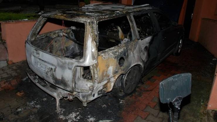 Po kłótni chciał zrobić na złość byłej żonie. Podpalił jej samochód