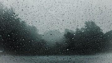 Deszcz, śnieg i wiatr. Ostrzeżenia dla kilku województw