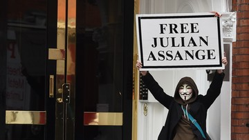 """""""Assange dopuszczał się niewyobrażalnych zachowań"""". Pokazano, co robił w ambasadzie Ekwadoru"""