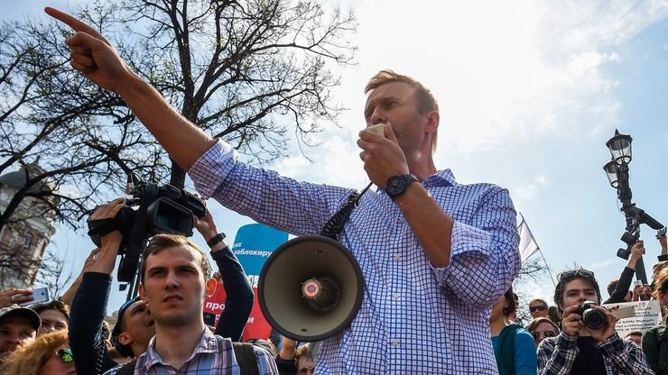 Nawalny został zwolniony z komisariatu. W piątek stanie przed sądem