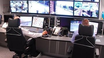 Obrazy z monitoringów szkół, szpitali i więzień. Atak hakerski w USA