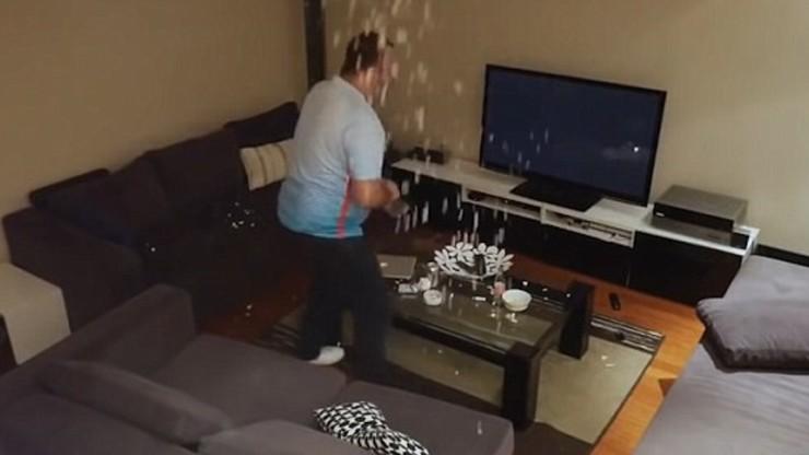 Żona wyłączała mu telewizor w trakcie meczu. Zdemolował pokój