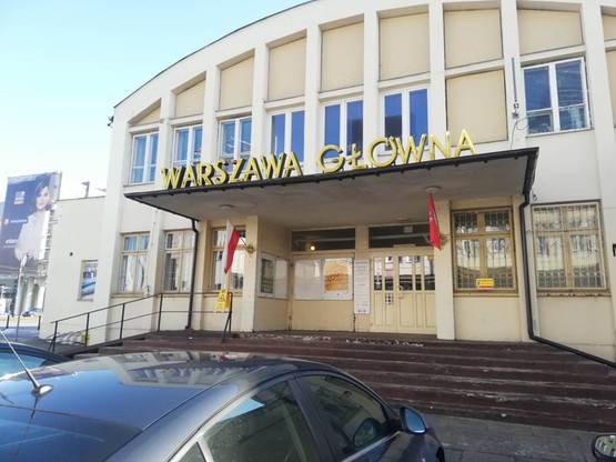 Budynek stacji to nie tylko miejsce przyjazdu pociągów, ale i ich muzeum