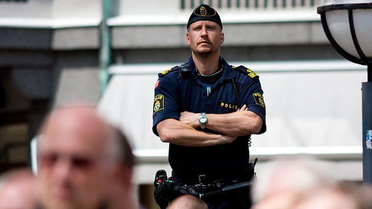 W Szwecji przybyło stref, w których policji trudno interweniować