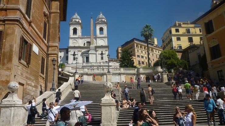 Zamkną Schody Hiszpańskie? W Rzymie trwa debata
