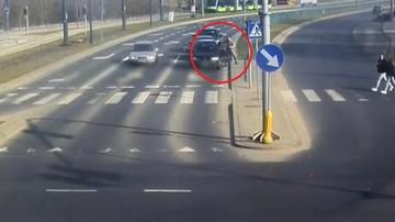 Pijany kierowca na skrzyżowaniu. Kluczyki zabrał mu policjant po służbie