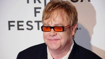 """Elton John zaprzecza zarzutom o molestowanie. """"Motywowane chęcią zysku"""""""