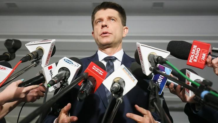 Petru zaapelował do senatorów PiS o zgłoszenie poprawek do budżetu