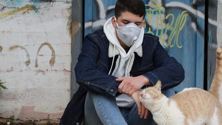 Europejczycy zmęczeni pandemią koronawirusa, WHO ostrzega przed fatalnymi skutkami