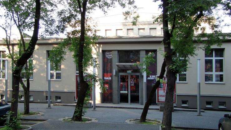 Radny PiS chce zawieszenia dyrektora Teatru Łaźnia Nowa. Złożył zawiadomienie do prokuratury