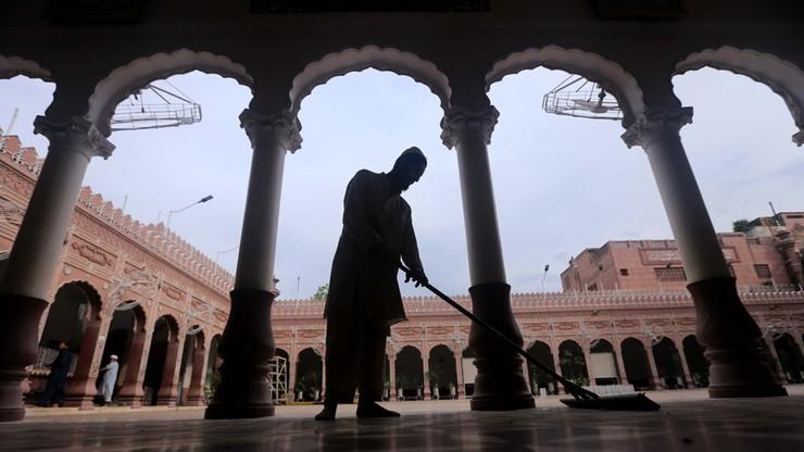 Skazano ją na karę śmierci za bluźnierstwo. Asia Bibi wyjechała z Pakistanu do Kanady