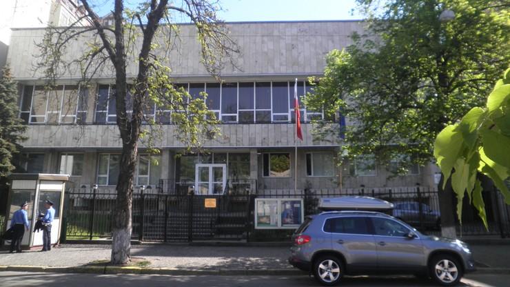 Powstrzymano prowokację przed konsulatem RP w Kijowie. Zatrzymano 29 osób