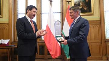 Kuchciński i Karczewski uhonorowani Wielkim Krzyżem Orderu Zasługi Węgier