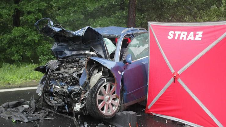 Młode małżeństwo zginęło w wypadku. Przeżył trzylatek