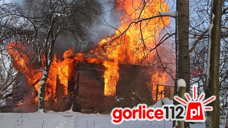 Seria tragicznych pożarów. Nie żyje 14-latka, ewakuacja hotelu w Augustowie