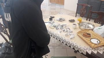 """Niemiecka policja: luksusowe zegarki z Lipska pod Elblągiem. """"Polski ślad"""""""