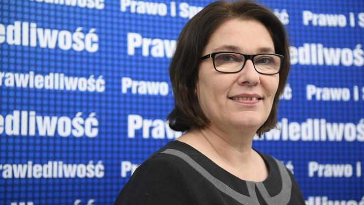 """""""Nie przyłożymy do tego ręki"""". Rzeczniczka PiS o odwołaniu Piotrowicza z funkcji szefa komisji sprawiedliwości"""