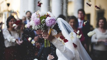 Miłości się dziś nie naprawia. Dlaczego Polacy nie chcą związków?