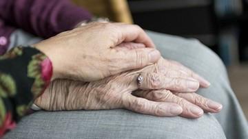 Para jest 79 lat po ślubie. Właśnie razem pokonali koronawirusa