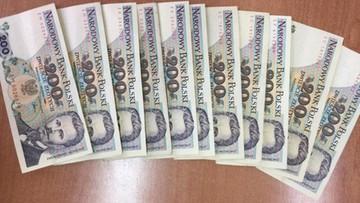 """Oszukiwał turystów, wymieniając walutę na """"stare"""" złote"""