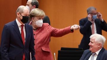 Obowiązkowe maski medyczne. Niemcy obawiają się sąsiadów. Mogą wprowadzić kontrole graniczne