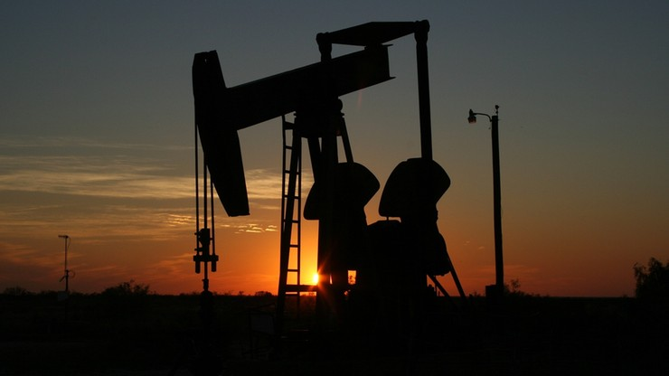 """Drony zaatakowały saudyjskie przepompownie ropy. """"Akt terroryzmu wymierzony w globalne dostawy"""""""