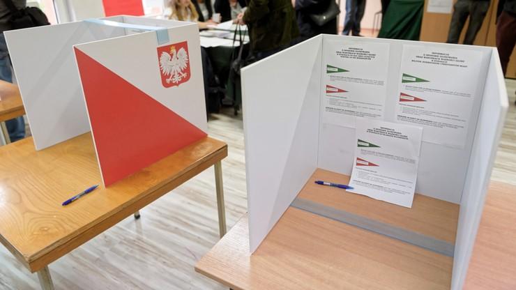 Nie udało im się dopisać się do spisu wyborców przez ePUAP. Interweniuje Rzecznik Praw Obywatelskich