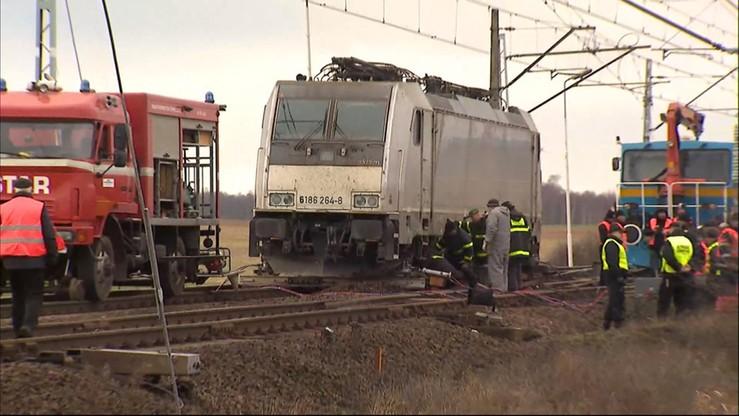 Gigantyczne opóźnienia pociągów na trasie Szczecin-Poznań. Przez wykolejony skład towarowy