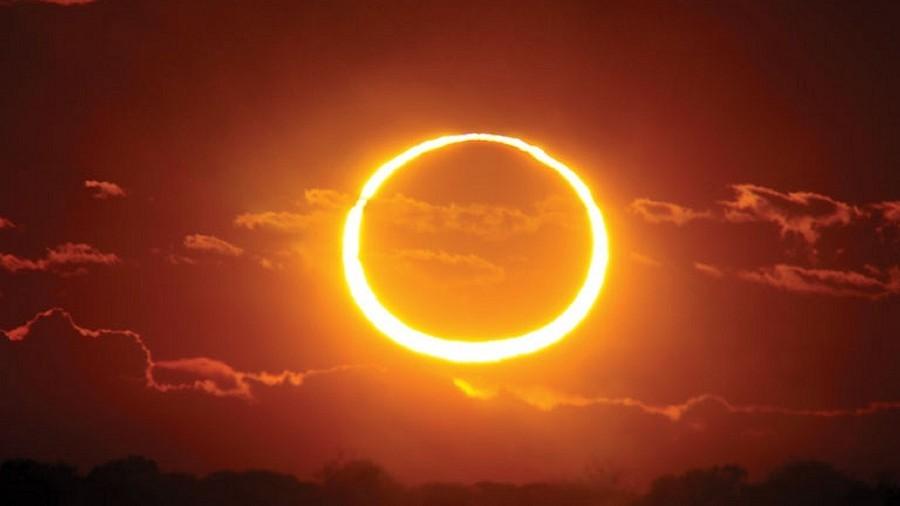 Tak wyglądało obrączkowe zaćmienie Słońca. Fot. Fabrizio Melandri.