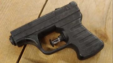 """Policja aresztowała """"terrorystów"""" z... pistoletami na wodę"""