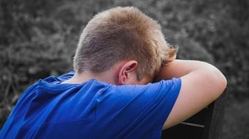 Spada przyzwolenie na przemoc wobec dzieci, ale wciąż 43 proc. Polaków akceptuje klapsy