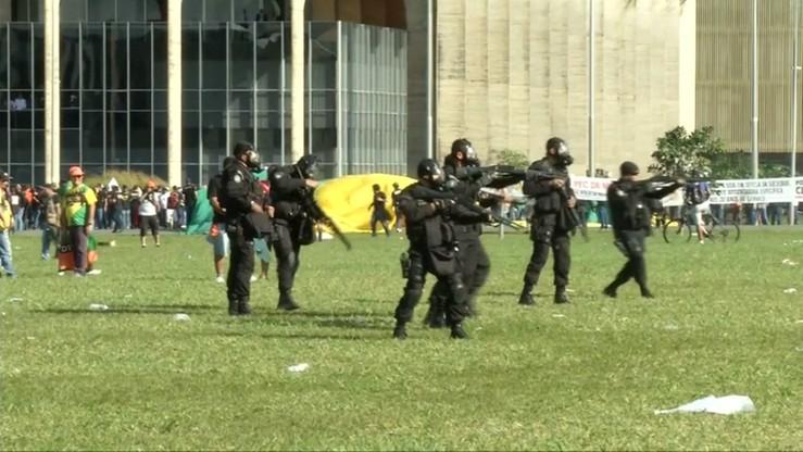 Brazylia: protestujący przeciwko prezydentowi starli się z policją