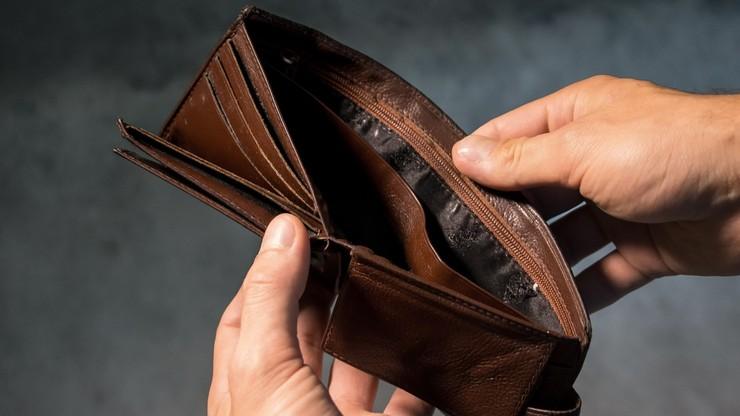 Polacy wchodzą w kryzys z ok. 80 mld zł długu