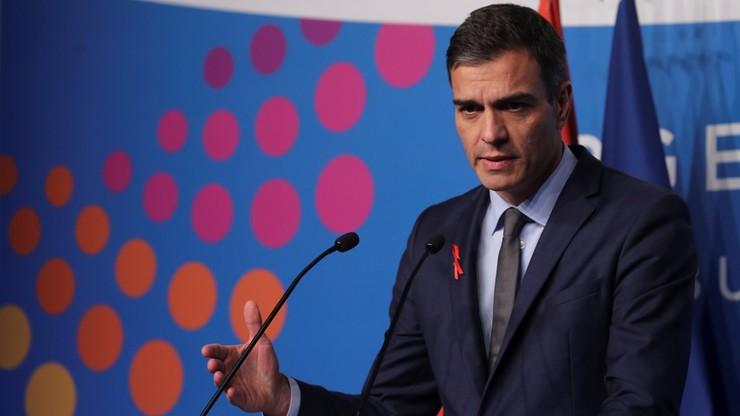 """Wzrasta liczba nielegalnych migrantów w Hiszpanii. Sanchez zrywa z polityką """"otwartych drzwi"""""""
