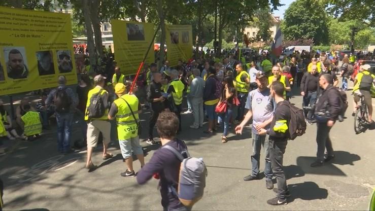 """Coraz mniej demonstrantów na protestach """"żółtych kamizelek"""". """"Latem może być uśpienie"""""""