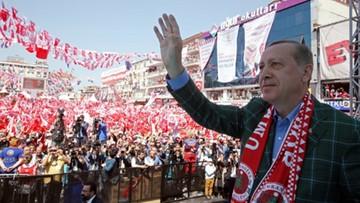 Niespokojnie przed referendum w Turcji. Zatrzymano 49 osób za planowanie ataków