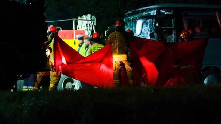 Gliwice: tragiczny wypadek busa. Nie żyje dziewięć osób. Wśród ofiar młodzi narzeczeni