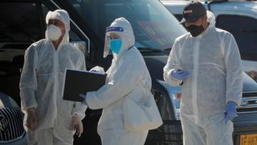 """Koniec epidemii koronawirusa w Chinach? """"Możliwa jest druga fala zakażeń"""""""