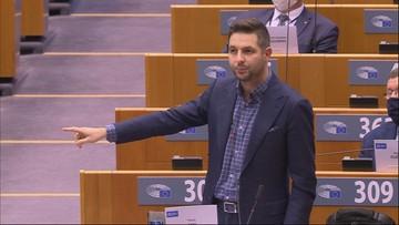 """""""Przeszkadza wam, że bronimy wartości rodzinnych w Polsce. Hańba"""""""