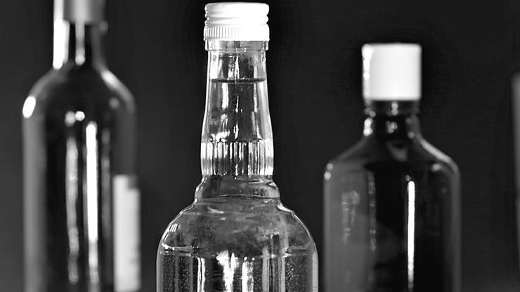 18 osób zmarło po zatruciu się metanolem w Rosji