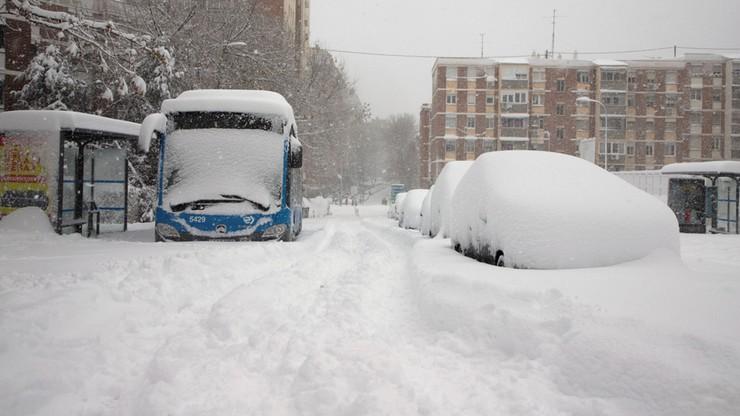 """Skutki śnieżycy """"Filomena"""" w Hiszpanii. Zginęły trzy osoby"""