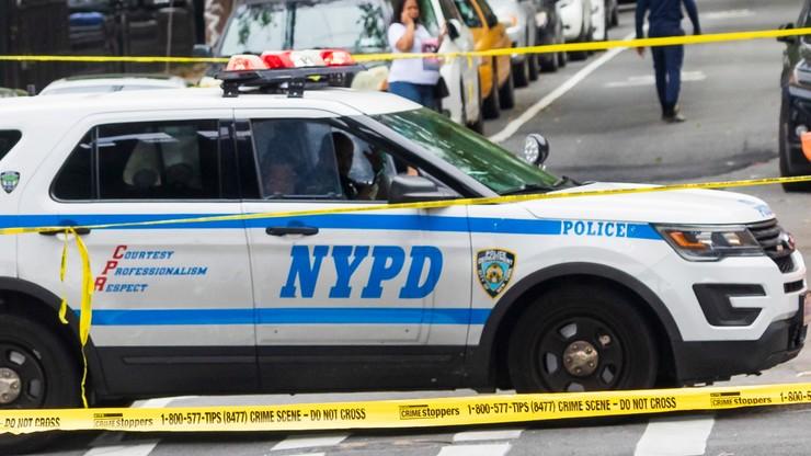 """USA. Policjantka była brutalnie gwałcona przez kolegów. """"Dzielili się filmami na czacie"""""""