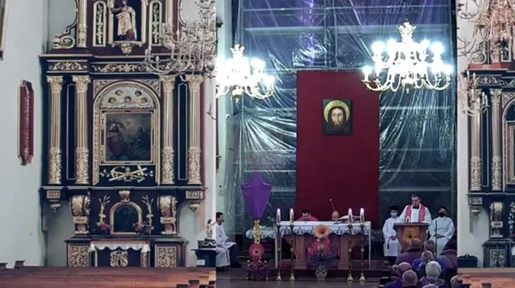 Doklejone zdjęcia pustych ławek w kościele w Nowym Sączu. Proboszcz wyjaśnia