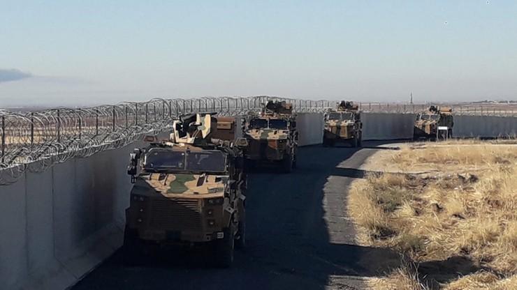Tureckie lotnictwo bombarduje Kurdów w Syrii