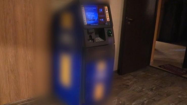 """Bankomat w agencji towarzyskiej """"Czekolindy"""". Sprawę bada prokuratura"""