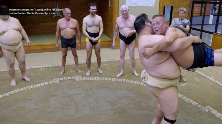 """Kąpał się z członkami japońskiej mafii. Krzysztof Hanke w """"Skandalistach"""", Polsat News o godz. 20:00"""
